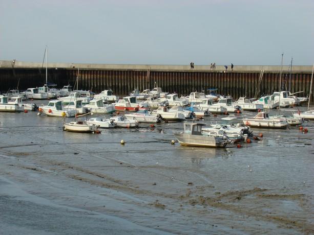 mon voyage en normandie, Courseuilles, Arromanche, OMAHA, Port en Bessin, Douvres la Delivrande Port_e16