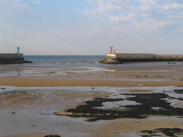 mon voyage en normandie, Courseuilles, Arromanche, OMAHA, Port en Bessin, Douvres la Delivrande Port_e17