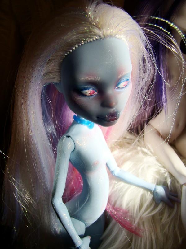 Nos demoiselles (Monster High custo) Dsc05210