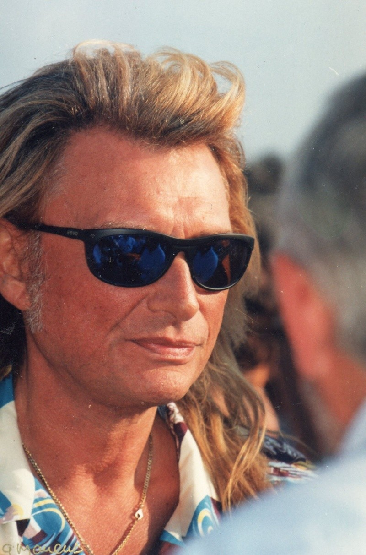 Johnny chez le coiffeur, cheveux longs cheveux courts  Img73313