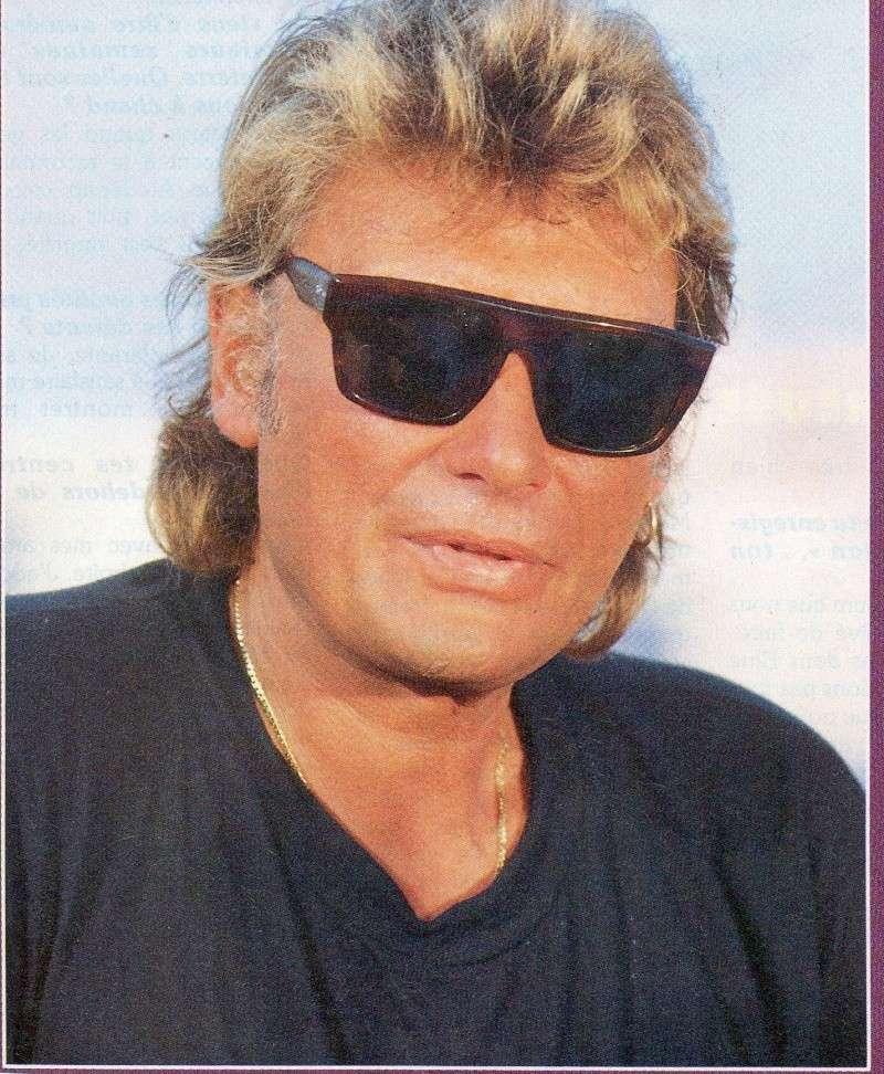 Johnny chez le coiffeur, cheveux longs cheveux courts  - Page 7 Img97312