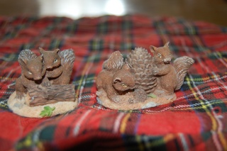 animaux en résine (chien, chat, écureuil, hibou)+ licorne en je sais pas quoi, pour facture de Cassy Dsc_0635