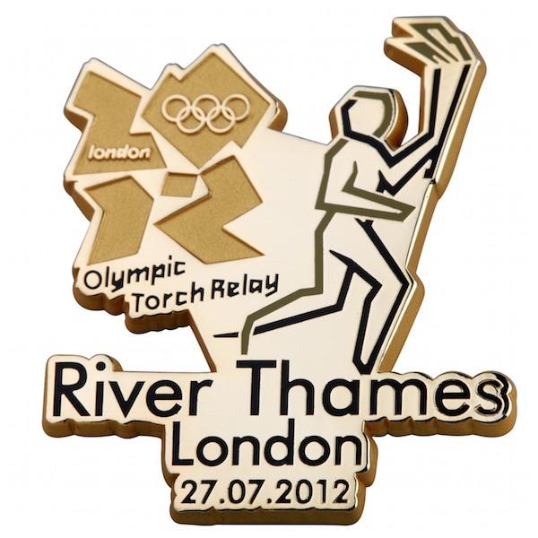 Pin's Londres 2012 - Relayeurs de la Flamme Olympique 199110