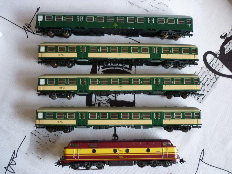 Les compositions voyageurs sur la Ligne du Nord 1980 -2011 en H0 P1020625