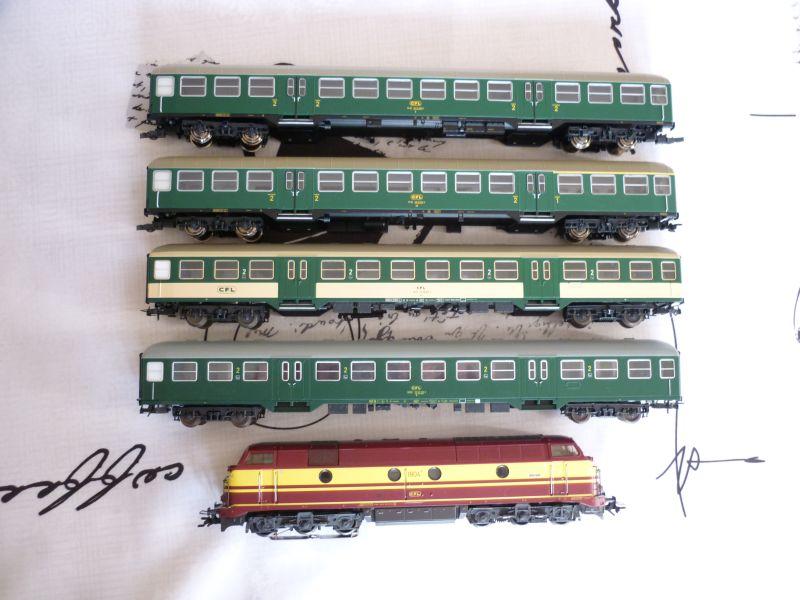 Les compositions voyageurs sur la Ligne du Nord 1980 -2011 en H0 P1020628