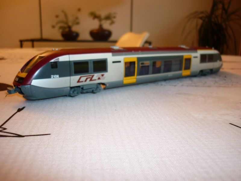 CFL Série 2100  P1020632
