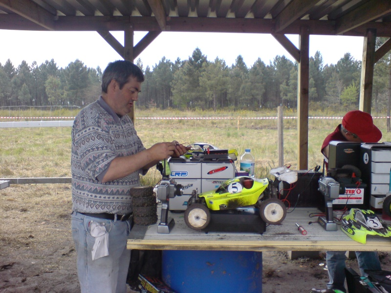 Course amicale de St Aubin Model Club le 27/04/2008 Dsc00548