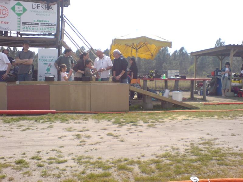 Course amicale de St Aubin Model Club le 27/04/2008 Dsc00579