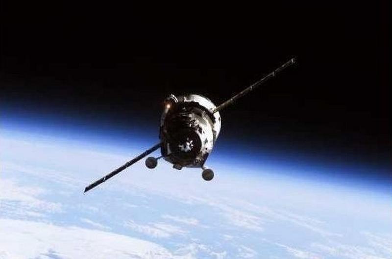 LES RDV & MISSIONS avec L'ISS - Page 4 18931610