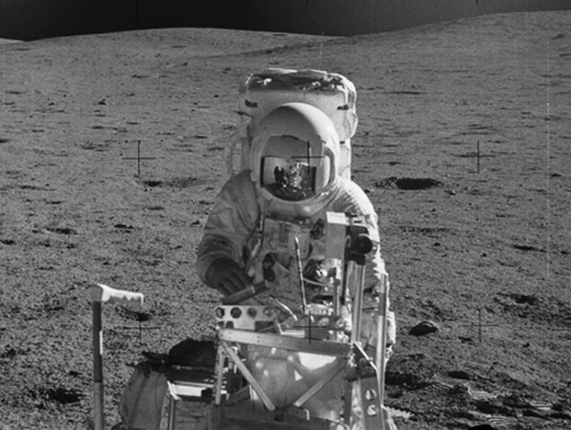 HISTORIQUE DE L'HOMME DANS L'ESPACE Apollo12