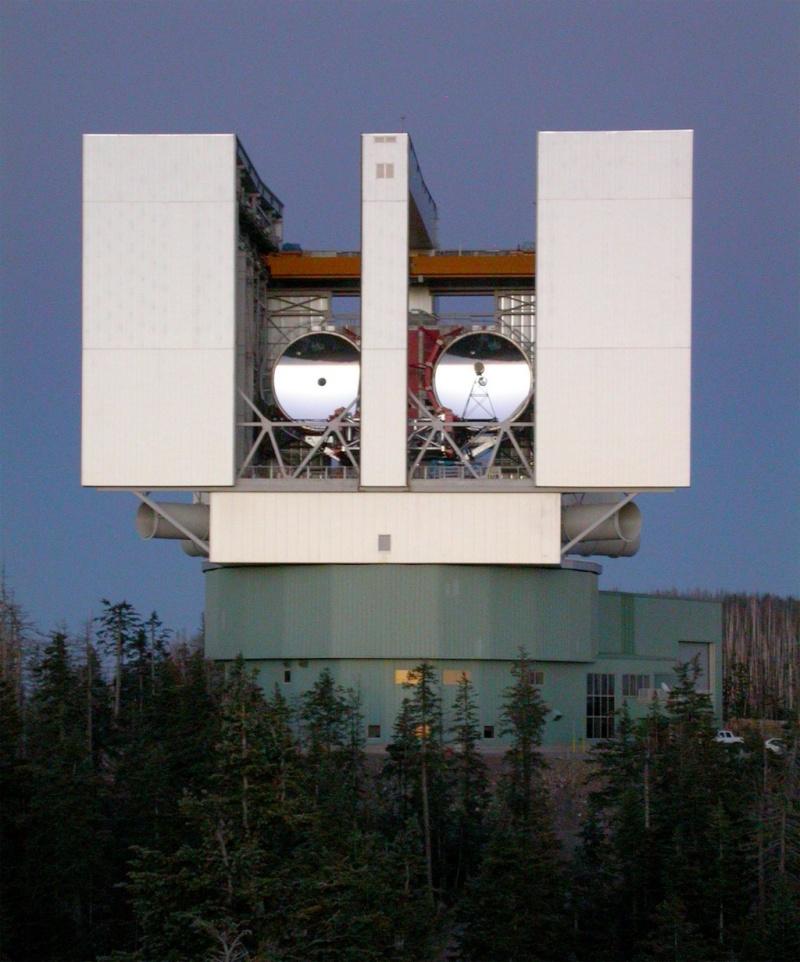 Télescopes, Radiotélescopes d'aujourd'hui et de demain... - Page 3 Largeb10