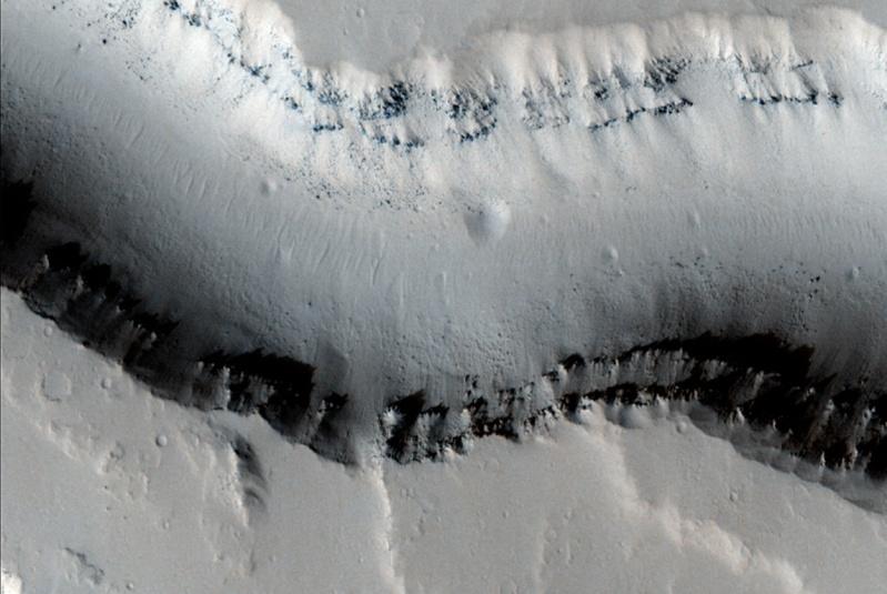 Un peu d'actualité sur la planète Mars... - Page 4 Mars_015