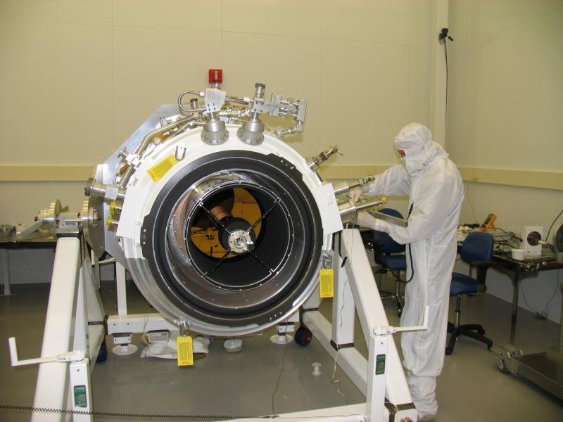 Télescopes, Radiotélescopes d'aujourd'hui et de demain... - Page 3 Wise1_10