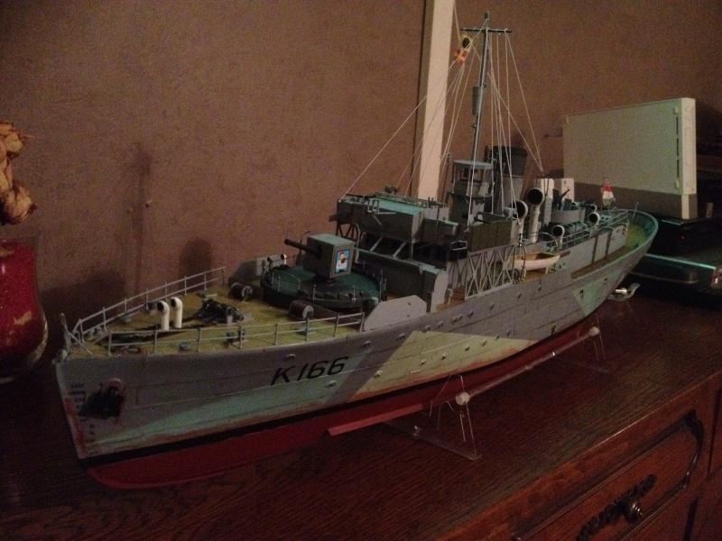 corvette HMCS SNOWBERRY 1/72eme revell  Img_0213