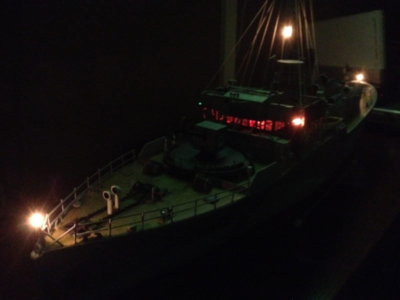 corvette HMCS SNOWBERRY 1/72eme revell  Img_0214