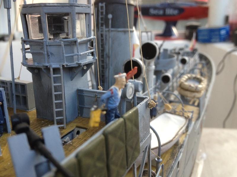 corvette HMCS SNOWBERRY 1/72eme revell  - Page 2 Img_0219