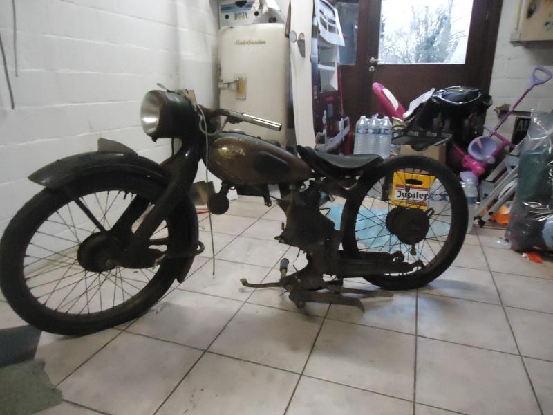 el féretro (bike: nsu fox) Dsc03510