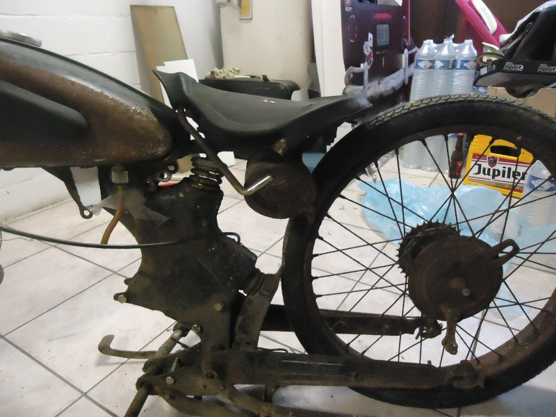 el féretro (bike: nsu fox) Dsc03514
