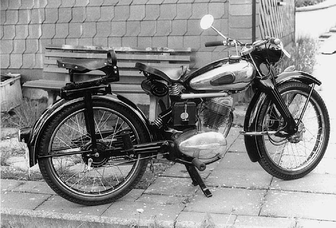 el féretro (bike: nsu fox) Fox10