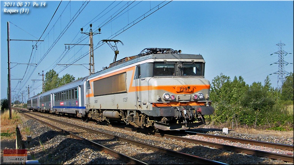 BB 9309 : Le TER 872732 2011_010