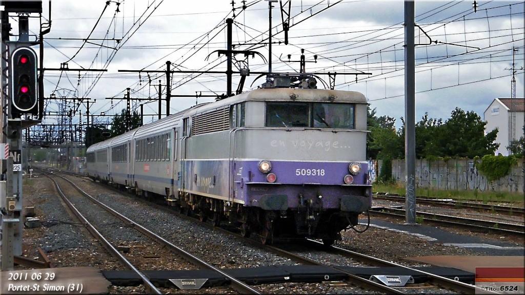 BB 9309 : Le TER 872732 2011_015