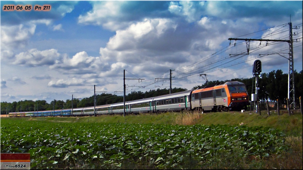 Photos et vidéos de la ligne Bordeaux - Toulouse - Narbonne - Sète (2007-2013) - Page 6 2011_021