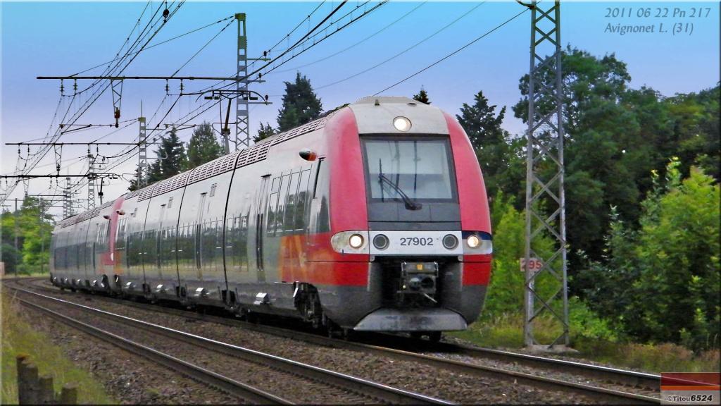 Photos et vidéos de la ligne Bordeaux - Toulouse - Narbonne - Sète (2007-2013) - Page 6 2011_024