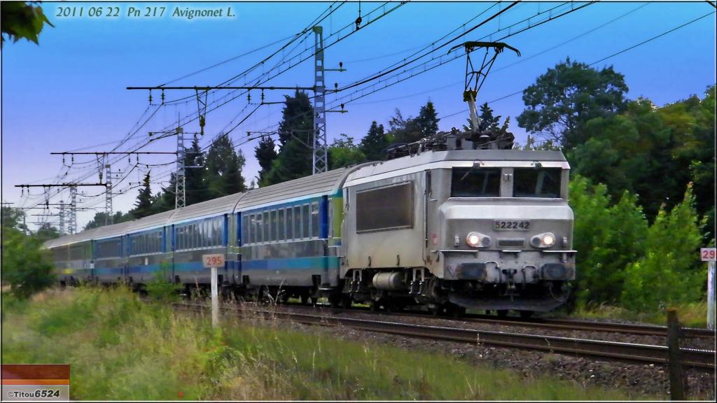 Photos et vidéos de la ligne Bordeaux - Toulouse - Narbonne - Sète (2007-2013) - Page 6 2011_027