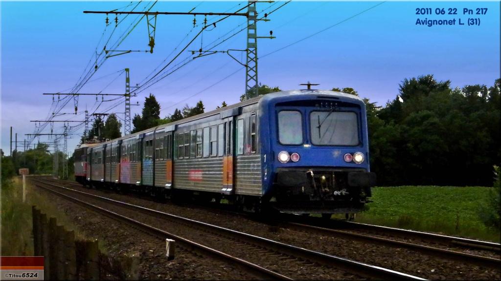 Photos et vidéos de la ligne Bordeaux - Toulouse - Narbonne - Sète (2007-2013) - Page 6 2011_034