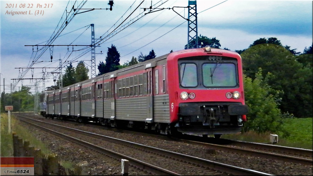 Photos et vidéos de la ligne Bordeaux - Toulouse - Narbonne - Sète (2007-2013) - Page 6 2011_035