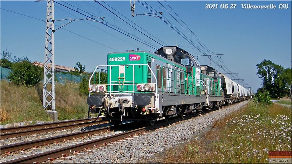 Photos et vidéos de la ligne Bordeaux - Toulouse - Narbonne - Sète (2007-2013) - Page 6 2011_050