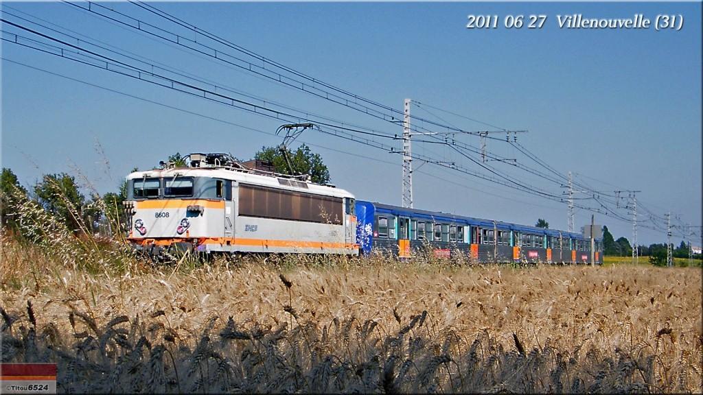 Photos et vidéos de la ligne Bordeaux - Toulouse - Narbonne - Sète (2007-2013) - Page 6 2011_052