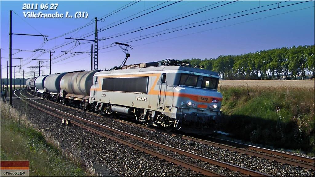 Photos et vidéos de la ligne Bordeaux - Toulouse - Narbonne - Sète (2007-2013) - Page 6 2011_056