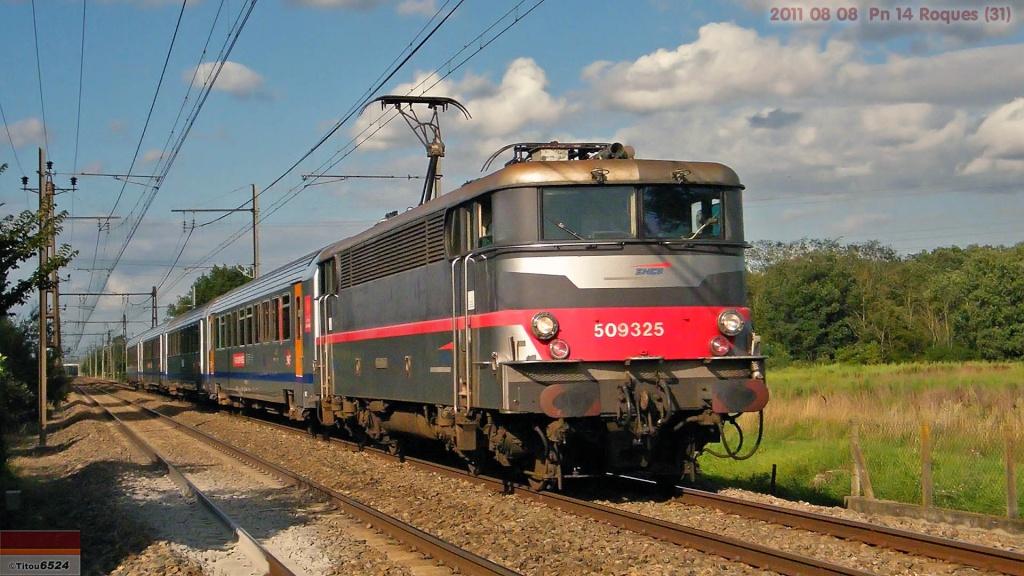 Ligne Toulouse – Bayonne: BB 9300 et autres au Pn 14  (PK 16) 2011_064