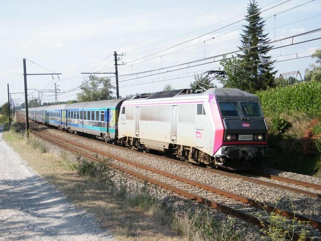 """BB26000 : BB 126046 """" Carmillon"""" sur le 3631  Paris-Port Bou à Montlaur (31)   2011_076"""