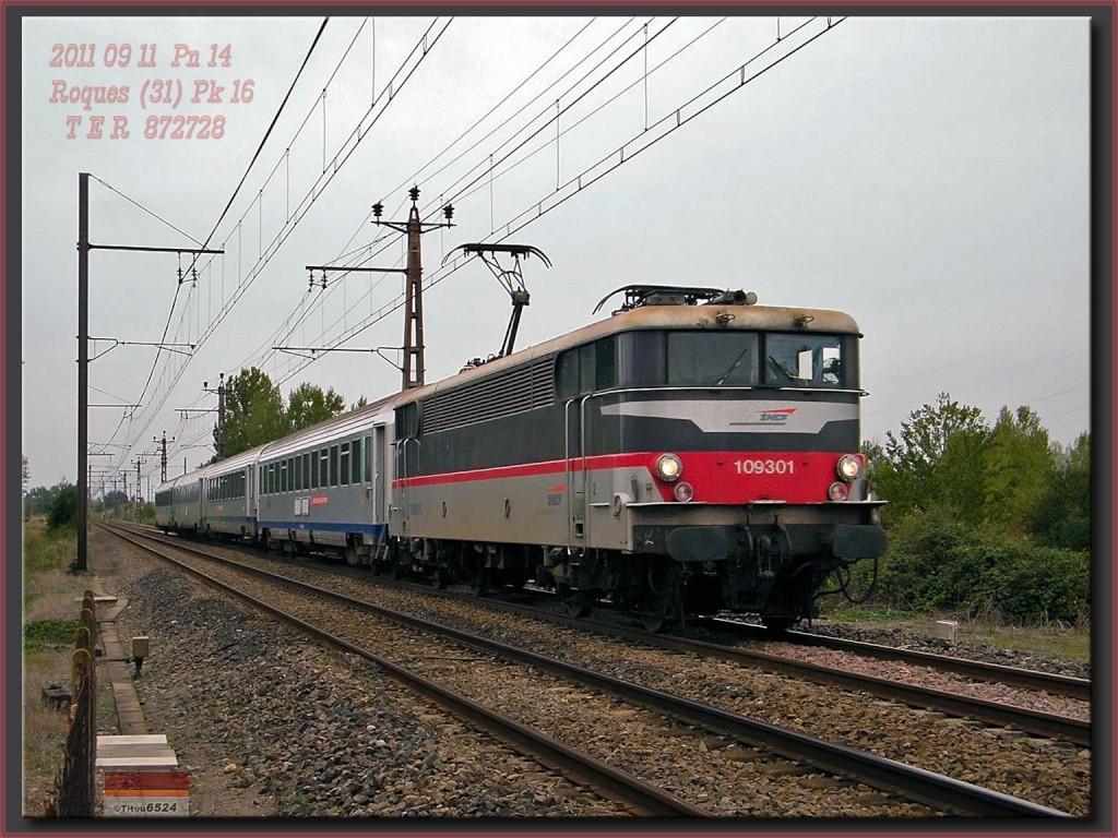 Ligne Toulouse – Bayonne: BB 9300 et autres au Pn 14  (PK 16) 2011_110