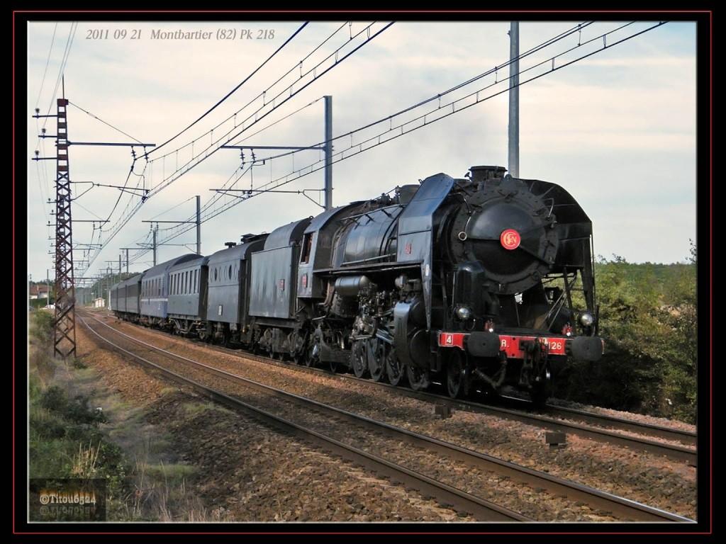 En voiture pour Longueville avec la 141 R 1126 et autres  .... - Page 2 2011_113