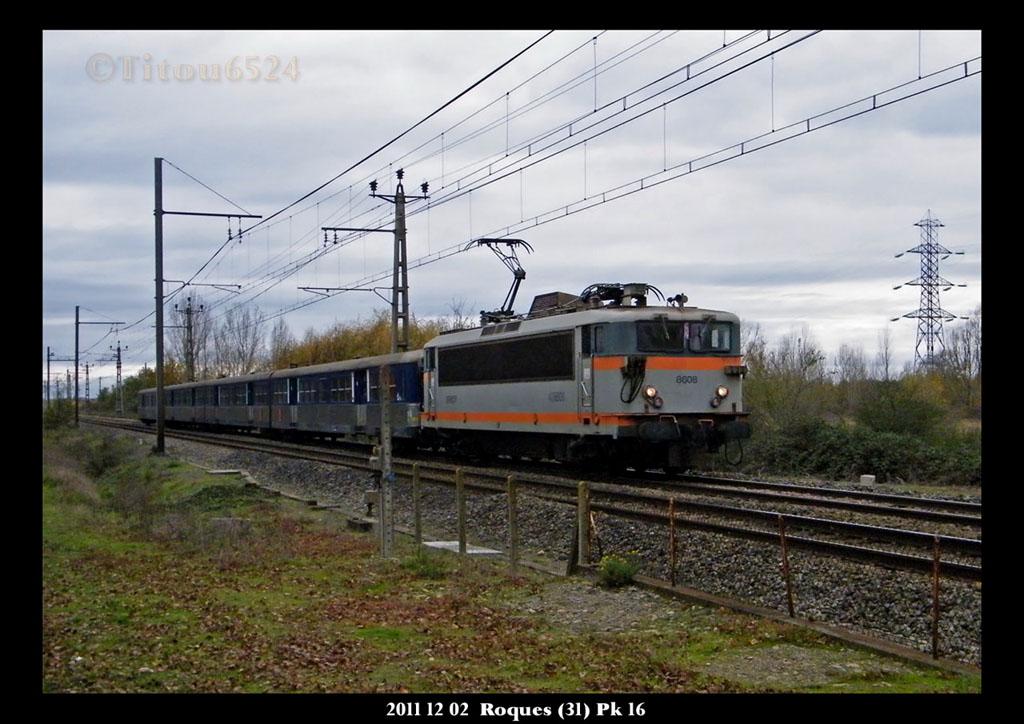Ligne Toulouse – Bayonne: BB 9300 et autres au Pn 14  (PK 16) - Page 2 2011_178
