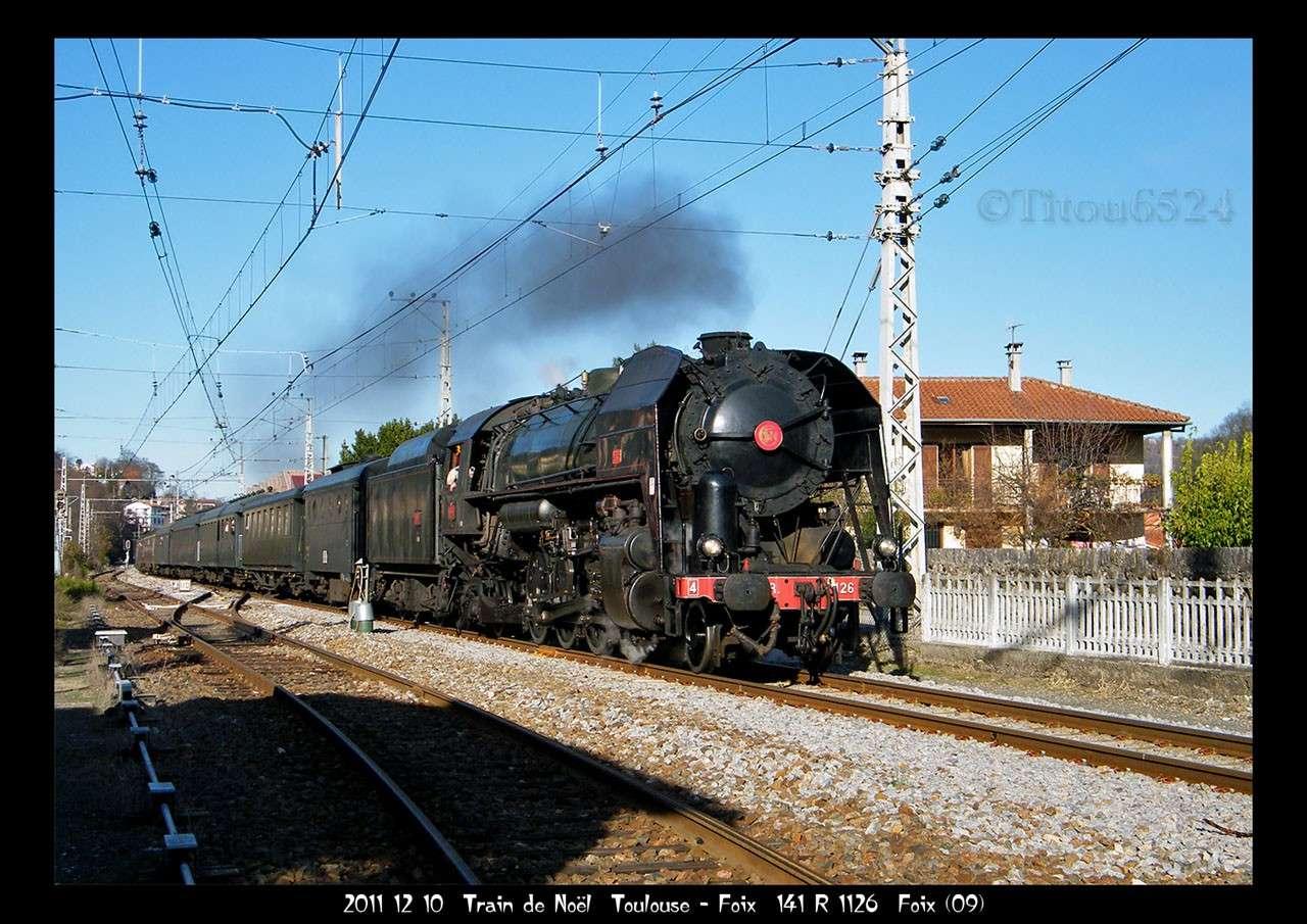 2011 - R1126 : le Pére Noel aime les trains a vapeur . 2011_187