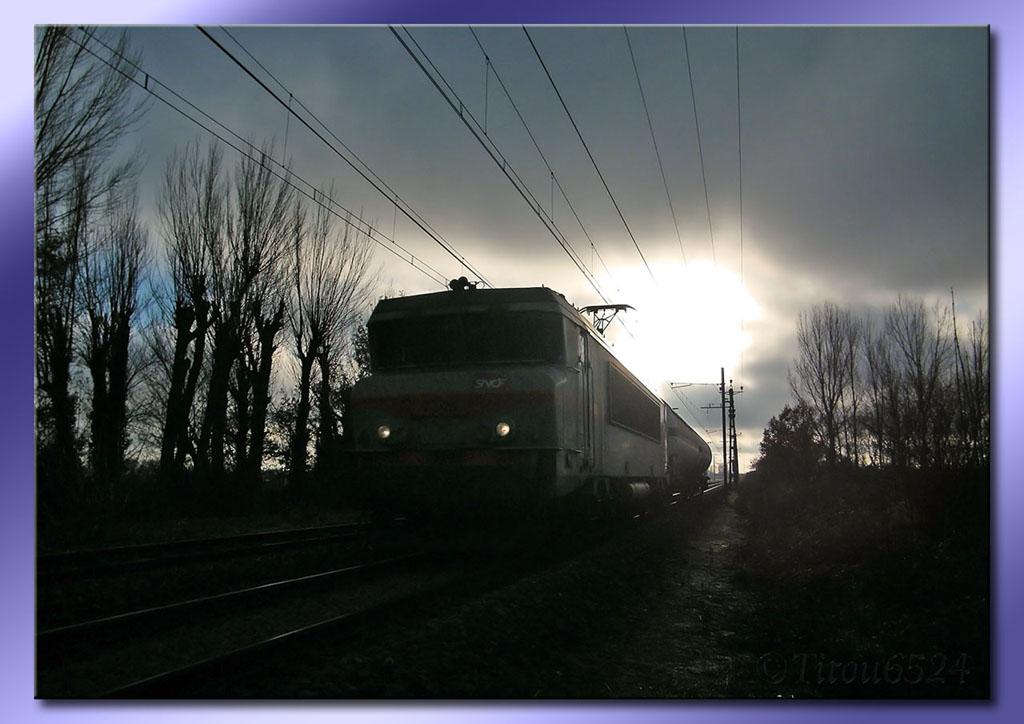 Ligne Toulouse – Bayonne: BB 9300 et autres au Pn 14  (PK 16) - Page 2 2011_198