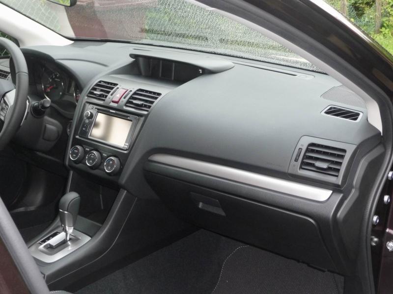 Subaru XV 2.0i Club CVT Deep Cherry Pearl Redim111
