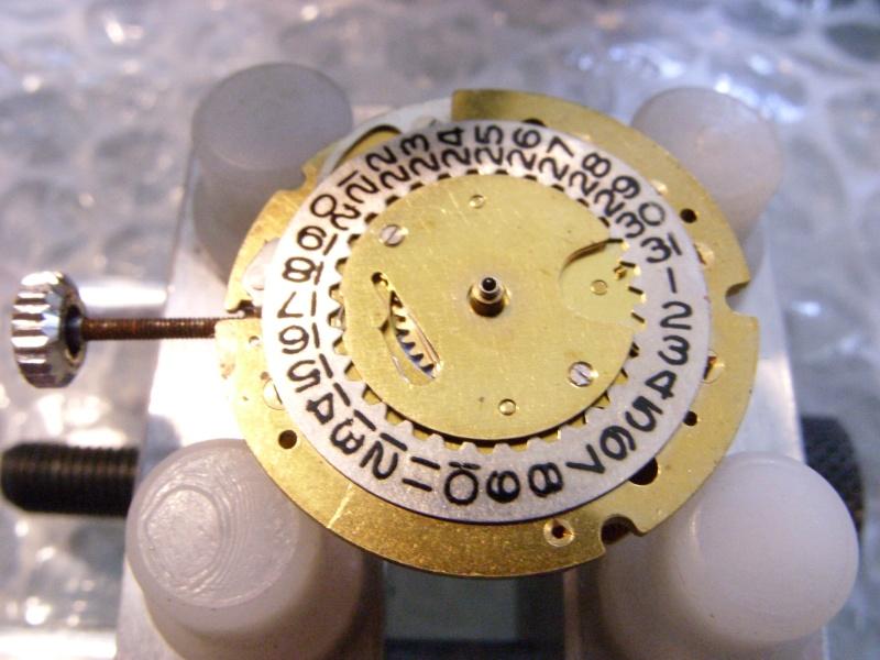 Essai sur l'horlogerie ( premier démontage de montre inside)(photos) Ss853019