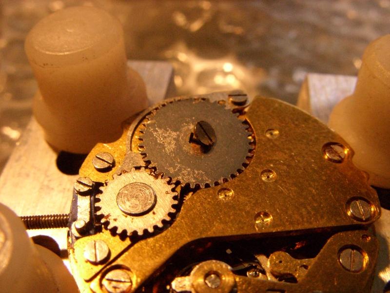 Essai sur l'horlogerie ( premier démontage de montre inside)(photos) Ss853022