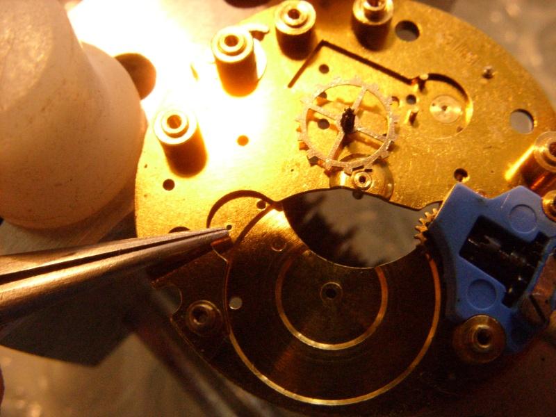Essai sur l'horlogerie ( premier démontage de montre inside)(photos) Ss853031