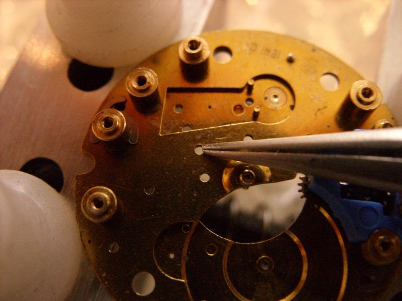 Essai sur l'horlogerie ( premier démontage de montre inside)(photos) Ss853032