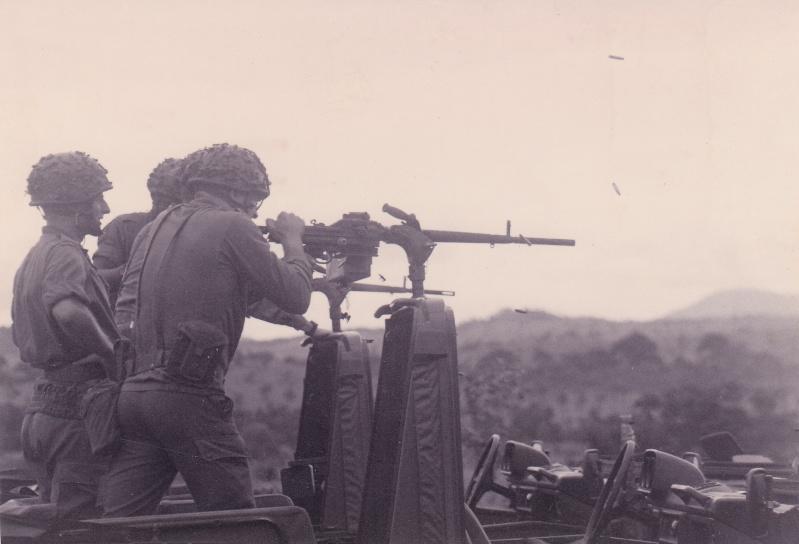 AA 52 version FM et mitrailleuse Img_0010