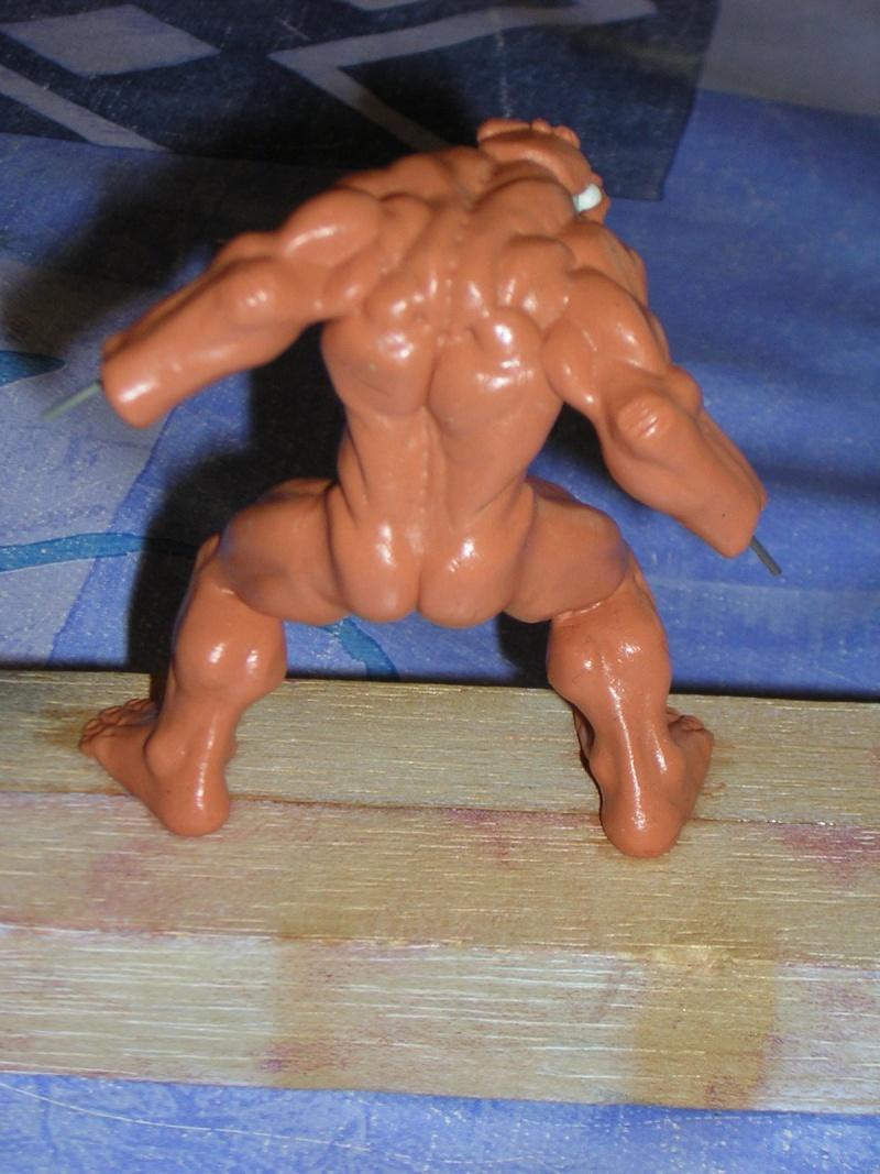 Figurine minotaure / gally (gunnm) / tortue ninja Dscn5219