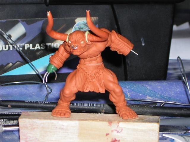 Figurine minotaure / gally (gunnm) / tortue ninja - Page 2 Dscn5228