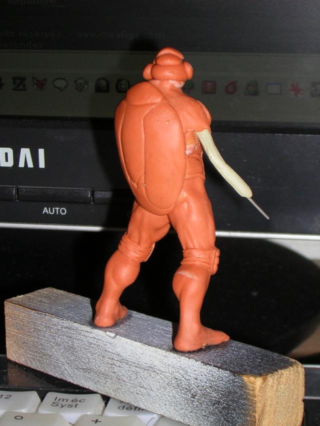 Figurine minotaure / gally (gunnm) / tortue ninja - Page 2 Dscn5234