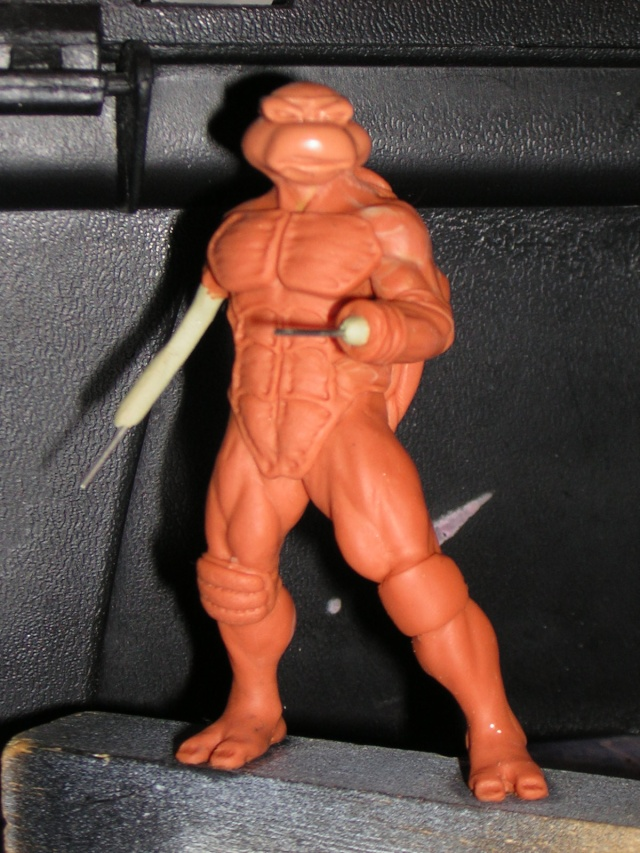 Figurine minotaure / gally (gunnm) / tortue ninja - Page 2 Dscn5237
